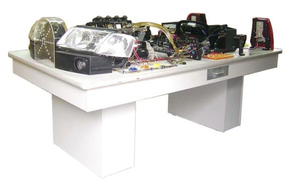 zy-9896 帕萨特b5全车电路电器实验台