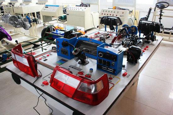桑塔纳3000全车仿真电路实验台--上海中义科教设备